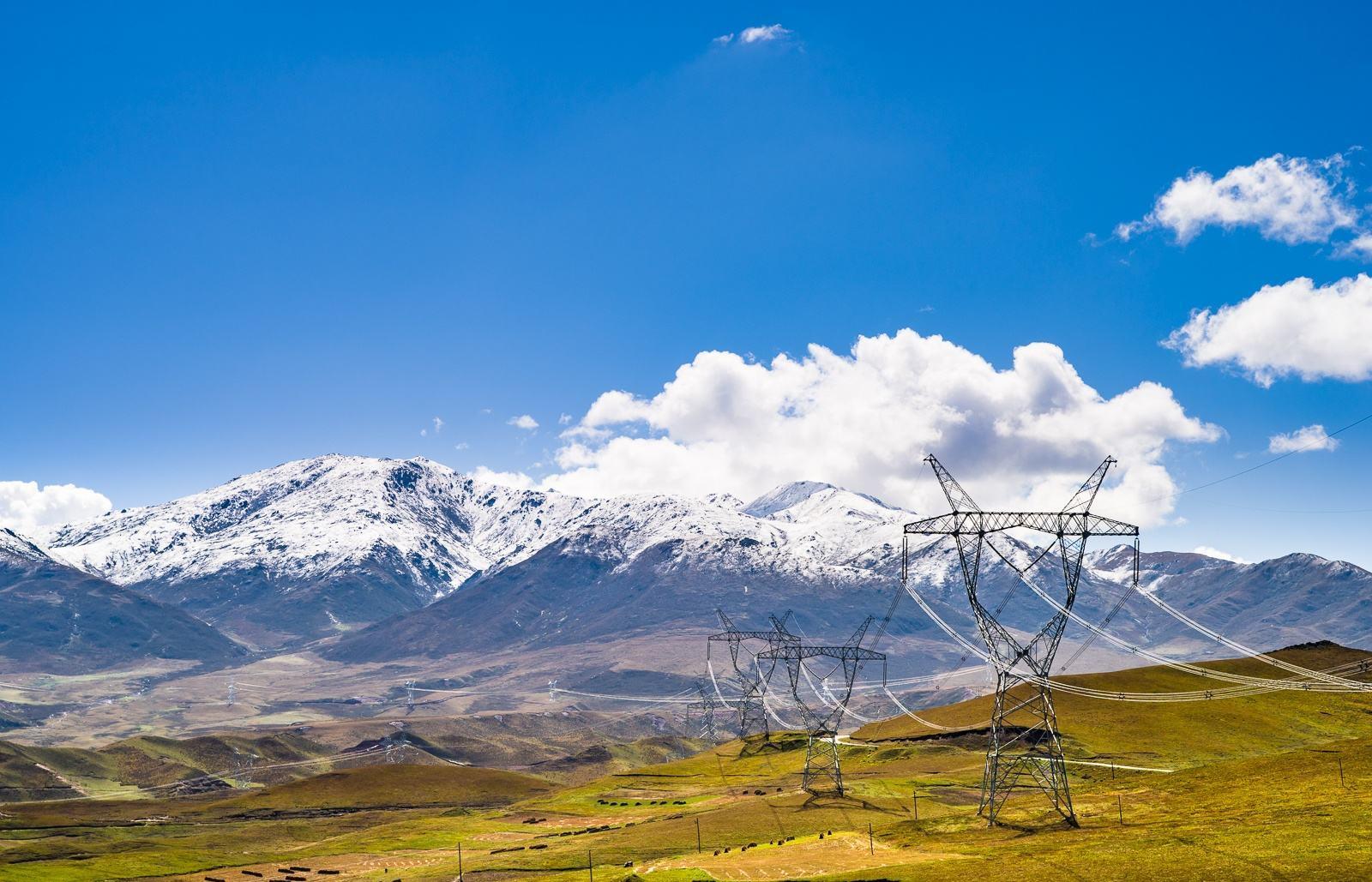 国网助力西藏农村电网建设 助力脱贫攻坚