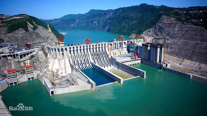 向家坝水电站完成世界首台A修80万千瓦水轮发电机组转子吊出
