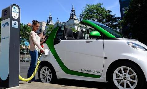 截至2020年底山东省电动汽车保有量达40.5万辆 居全国第三