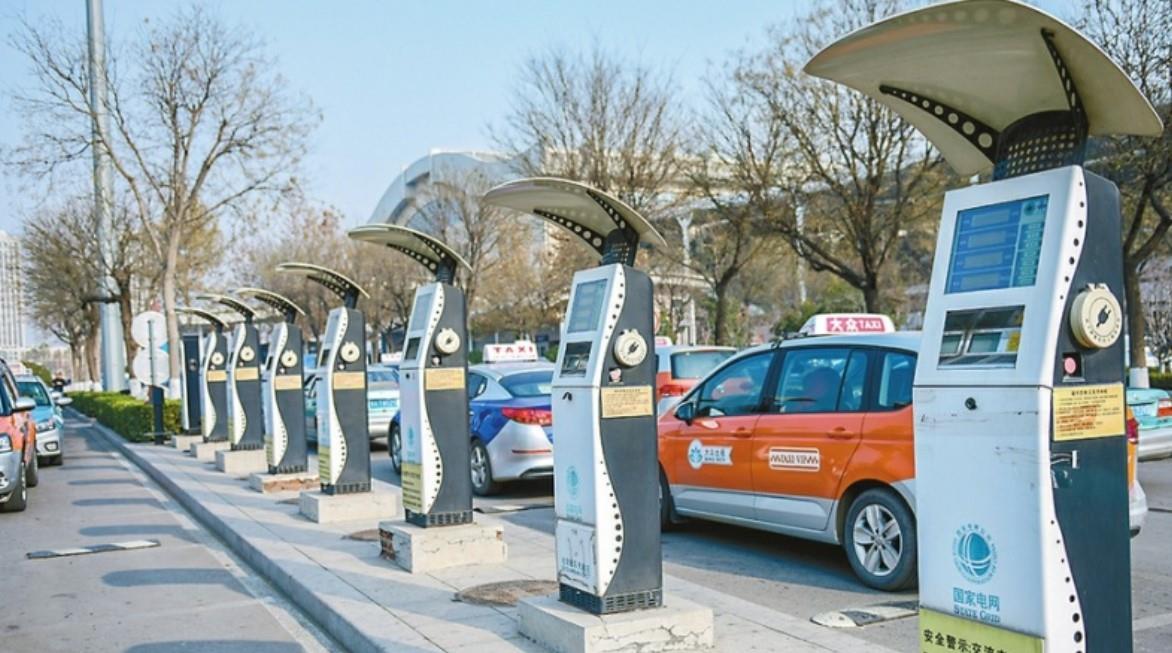 转型加速 我国新能源汽车产业站上高质量发展新起点