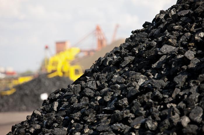 印度煤炭库存跌至三年来最低 半数煤电厂面临停电风险