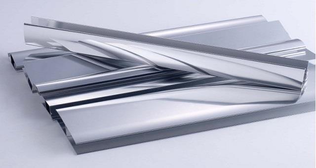 8月我国铝材产量同比增4.6% 氧化铝同比降1.1%
