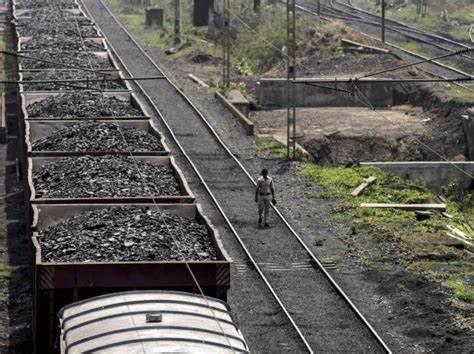 煤炭严重不足 印度124GW发电设施面临停电风险